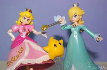 PrincessPeach_Rosetta_amiibo02.jpg